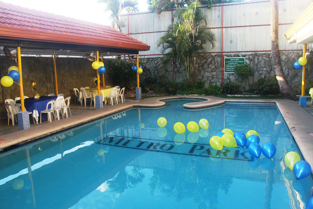 Birthday party pool images for Cheap hotels in cebu with swimming pool