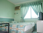 MPH Standard 2 persons only (2 single beds)
